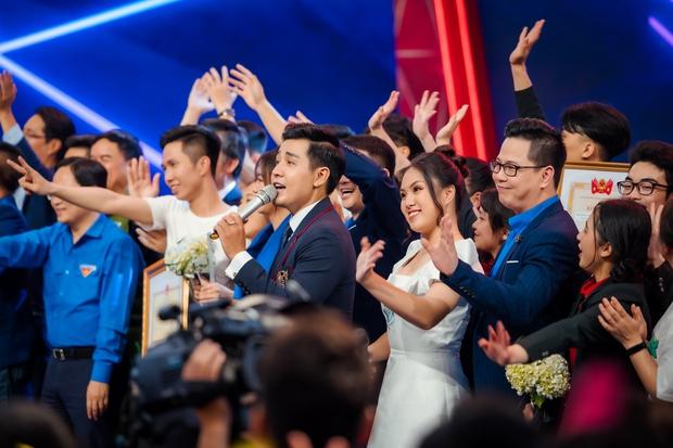 Nguyên Khang dẫn chung kết SV bên cạnh dàn nghệ sĩ Lại Văn Sâm, Xuân Bắc, Châu Bùi... - Ảnh 5.