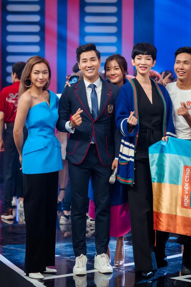 Nguyên Khang dẫn chung kết SV bên cạnh dàn nghệ sĩ Lại Văn Sâm, Xuân Bắc, Châu Bùi... - Ảnh 4.