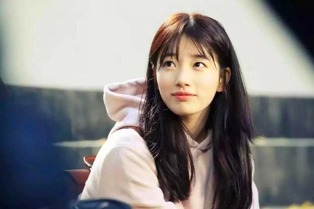 Nhan sắc ngoài đời của mỹ nhân Hàn thủ vai xấu xí: Suzy mặt mộc đẹp choáng váng, Lee Sung Kyung - Han Hyo Joo 1 trời 1 vực - Ảnh 2.