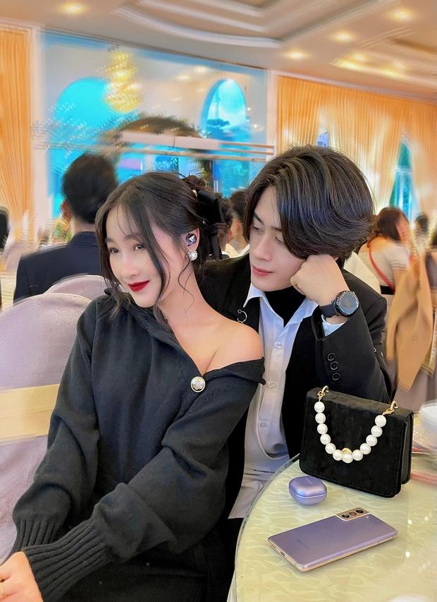 5 mỹ nam tìm thấy tình yêu sau Người Ấy Là Ai: Lâm Bảo Châu & Huy Trần hẹn hò với 2 chị đại showbiz - Ảnh 6.