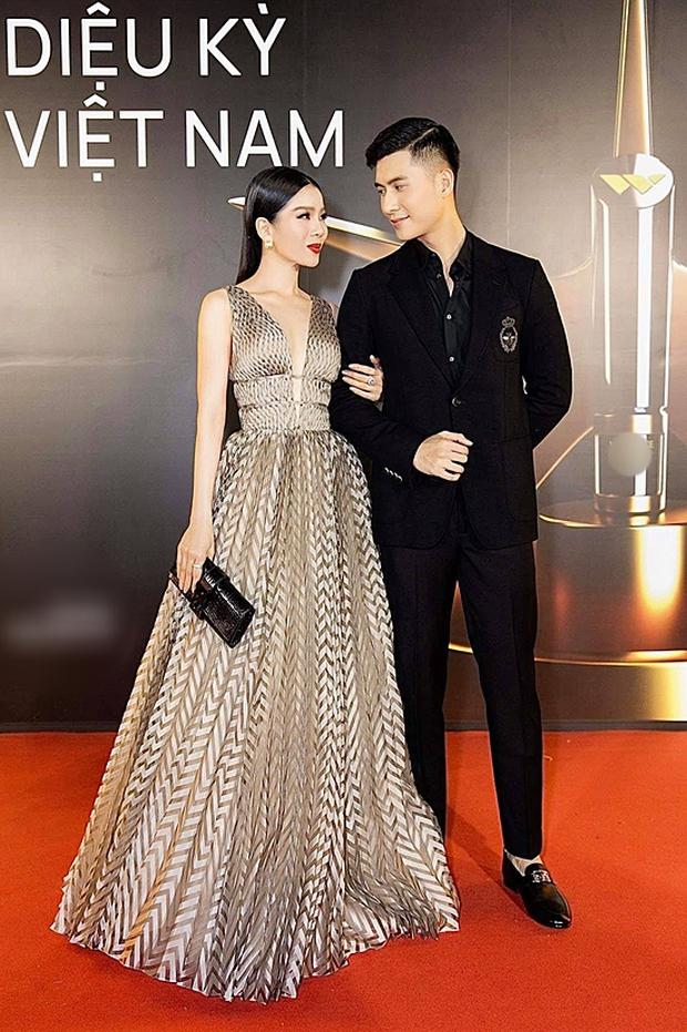 5 mỹ nam tìm thấy tình yêu sau Người Ấy Là Ai: Lâm Bảo Châu & Huy Trần hẹn hò với 2 chị đại showbiz - Ảnh 4.