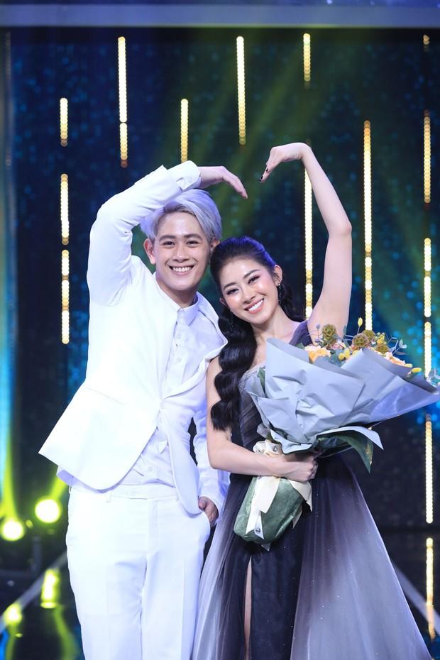 5 mỹ nam tìm thấy tình yêu sau Người Ấy Là Ai: Lâm Bảo Châu & Huy Trần hẹn hò với 2 chị đại showbiz - Ảnh 5.