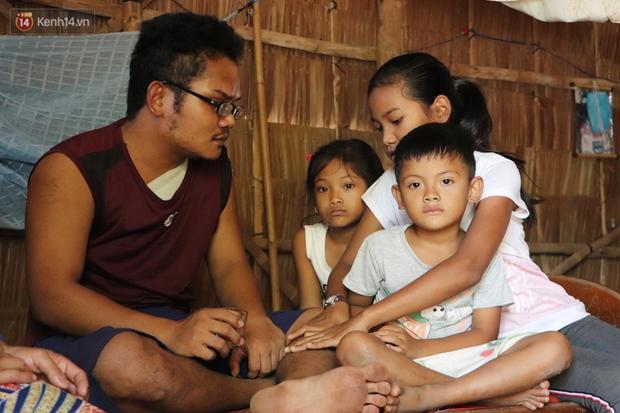 Cha bị tai nạn giao thông, cả gia đình với 3 đứa trẻ rơi vào cùng cực: Chỉ sợ mình không đủ tiền cho các con học tiếp - Ảnh 6.
