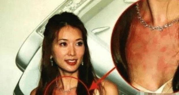 Những màn khẩu chiến căng đét của Cbiz: Phạm Băng Băng - Chương Tử Di như cung đấu nhưng vẫn không qua mặt được dàn sao TVB - Ảnh 9.