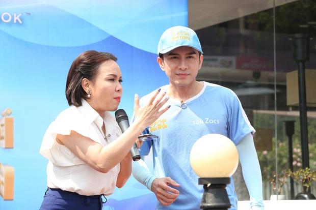 Việt Hương: Đan Trường gọi tôi là mẹ dù tôi bằng tuổi - Ảnh 3.