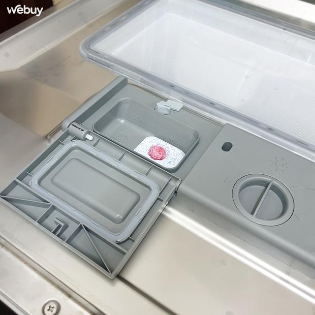"""Sắm máy rửa bát Electrolux giá chưa đến 7 triệu, lắp không vừa bếp nhưng cô gái vẫn hài lòng vì dùng quá """"ngon"""" - Ảnh 5."""
