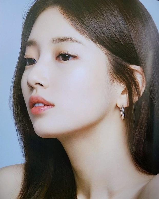 Nhan sắc ngoài đời của mỹ nhân Hàn thủ vai xấu xí: Suzy mặt mộc đẹp choáng váng, Lee Sung Kyung - Han Hyo Joo 1 trời 1 vực - Ảnh 3.