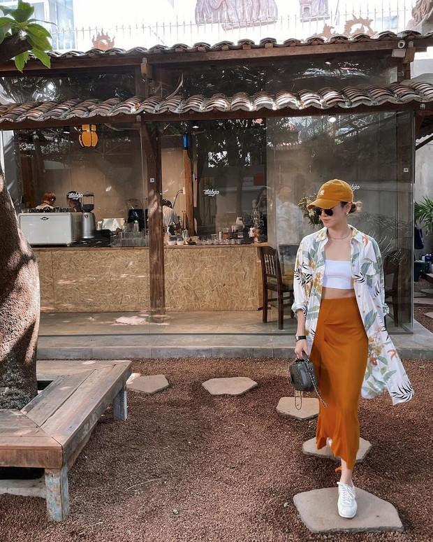 Instagram look của sao Việt tuần qua: Chi Pu hở bạo nhất, Linh Ka diện váy ngắn khoe chân cực phẩm - Ảnh 8.