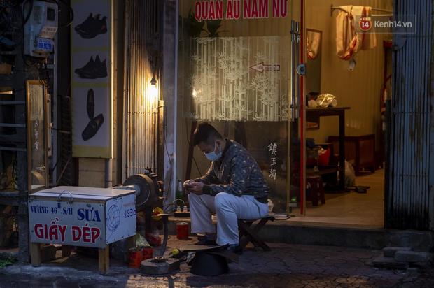 Chùm ảnh: Quang cảnh nội thành Hải Dương trong ngày đầu tiên sau khi kết thúc giãn cách xã hội - Ảnh 9.