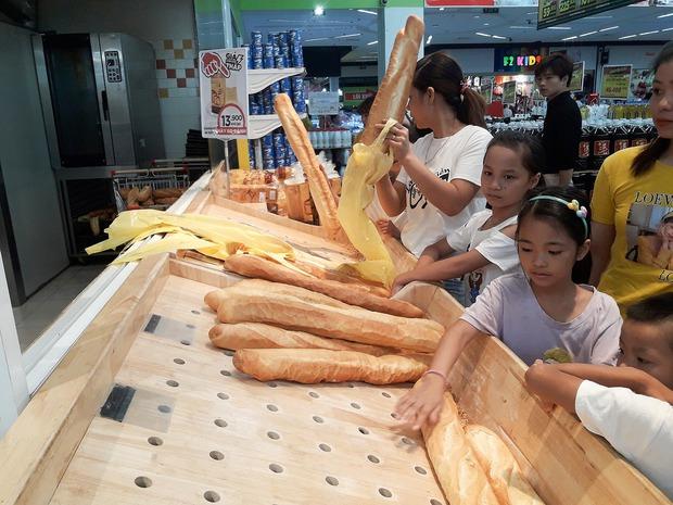 Big C đổi tên, dân tình rần rần điểm lại những món bánh mì gắn liền với tên tuổi của thương hiệu này - Ảnh 1.