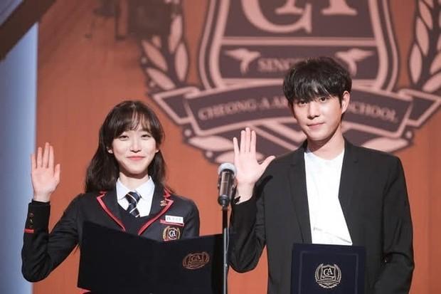 Hóa ra rich kid Penthouse Han Ji Hyun còn có em trai sinh đôi là Á quân Koreas Next Top Model! - Ảnh 5.