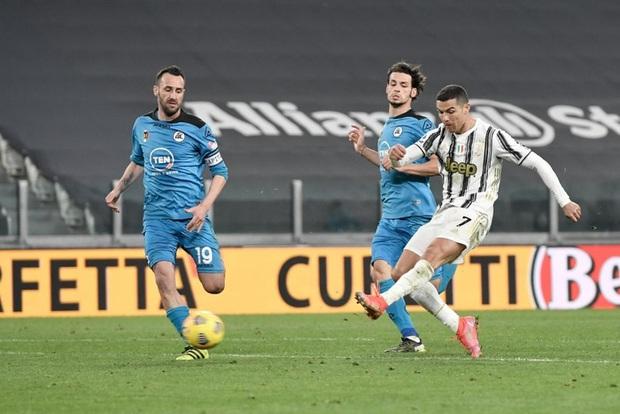 Juventus đại thắng ngày Ronaldo lập kỷ lục mới  - Ảnh 1.