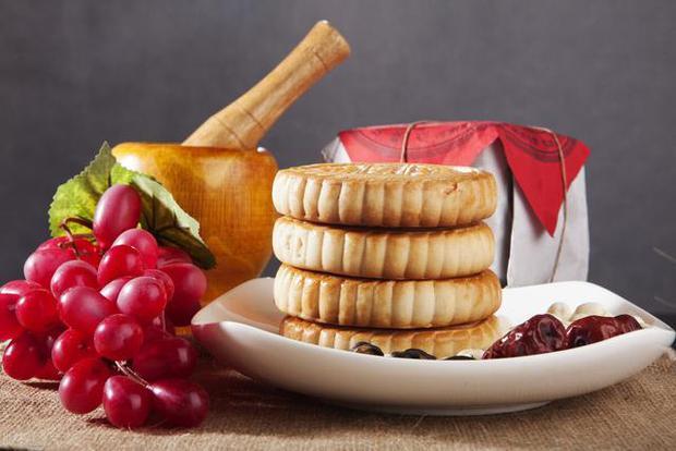 4 loại thực phẩm có thể ngấm ngầm làm tắc nghẽn mạch máu, nên dọn chúng khỏi bàn ăn càng sớm càng tốt - Ảnh 2.