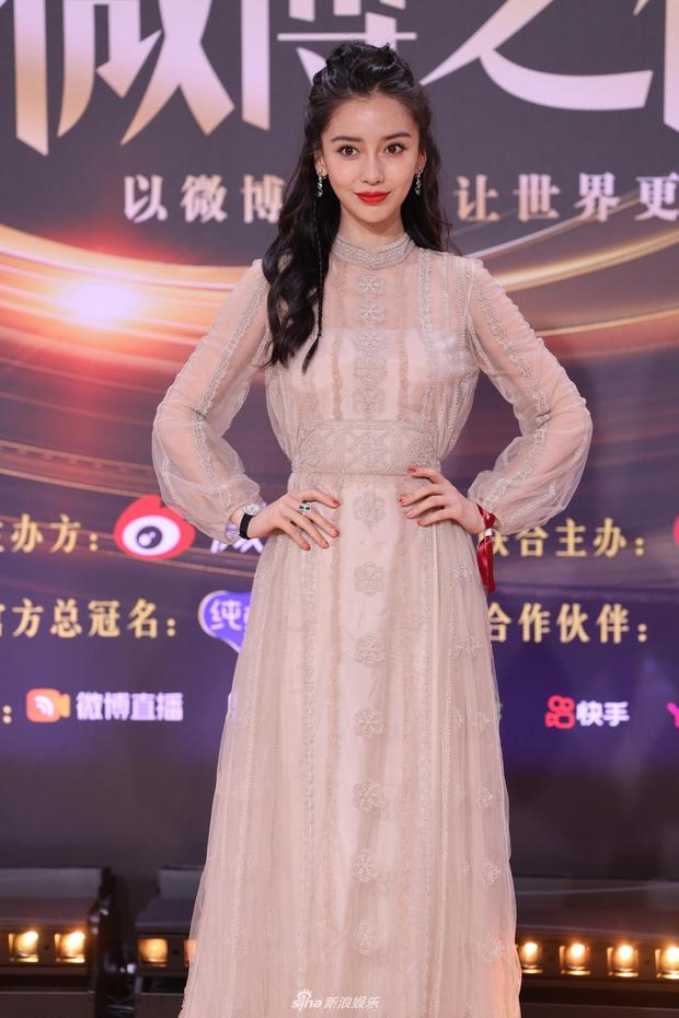 Angela Baby công khai dằn mặt Huỳnh Hiểu Minh, ám chỉ chồng ngoại tình bên ngoài khiến cô khổ sở? - Ảnh 3.