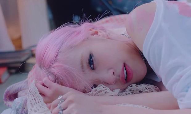 Chị em Jennie - Rosé (BLACKPINK) cứ tách solo là nằm dài ra, đã thế còn debut cùng ngày luôn mới hay! - Ảnh 4.