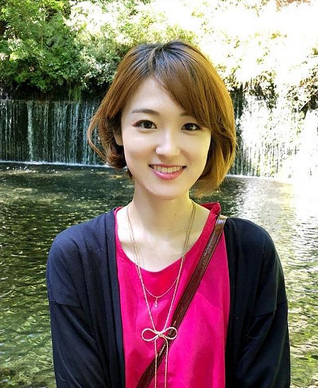Sao nhí có đôi mắt đẹp nhất châu Á ngày ấy: Nhan sắc hiện tại khiến fan thất vọng nhưng về học vấn thì không ai dám chê - Ảnh 2.
