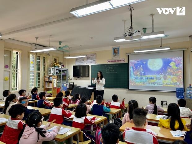 Trường Tiểu học Xuân Phương: Một học sinh duy nhất vẫn học online - Ảnh 4.