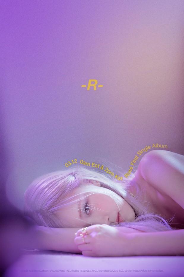 Rosé (BLACKPINK) tung poster mới hé lộ tên single album đầu tay, có đúng một chữ cụt lủn đơn giản mà độc! - Ảnh 1.