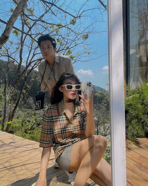 Instagram look của sao Việt tuần qua: Chi Pu hở bạo nhất, Linh Ka diện váy ngắn khoe chân cực phẩm - Ảnh 7.