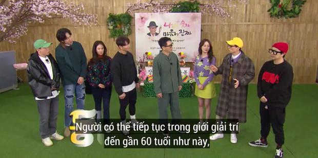"""Lại thêm khoảnh khắc xúc động tại Running Man: """"Bố già"""" Ji Suk Jin được các thành viên mừng thọ long trọng - Ảnh 5."""