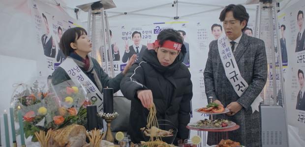 4 giả thuyết sốc óc ở Penthouse 2: Thiếu gia Seok Hoon là con ruột chị đẹp, Ro Na chắc kèo ngã cầu thang? - Ảnh 12.