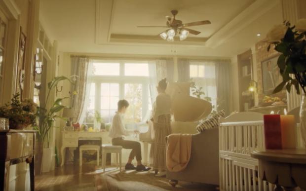 4 giả thuyết sốc óc ở Penthouse 2: Thiếu gia Seok Hoon là con ruột chị đẹp, Ro Na chắc kèo ngã cầu thang? - Ảnh 3.