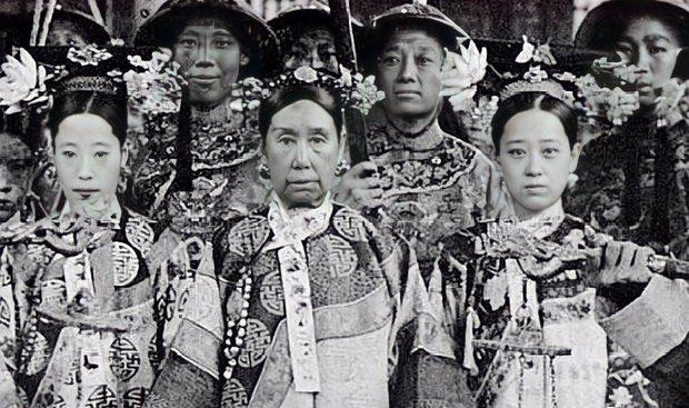 Chân dung đệ nhất mỹ nhân cuối triều đại nhà Thanh bị Từ Hi Thái hậu cầm tù trong cung cấm, không cho phép sống cùng chồng - Ảnh 1.