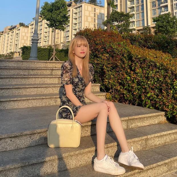 Thiều Bảo Trâm diện váy hoa xinh mê ly, bóc mác mới biết là hàng mua online chỉ 265k - Ảnh 2.