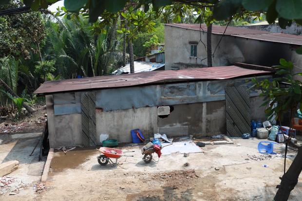 TP. Thủ Đức hỗ trợ 40 triệu đồng và lo mọi chi phí cho gia đình 6 người chết trong căn nhà cháy - Ảnh 1.