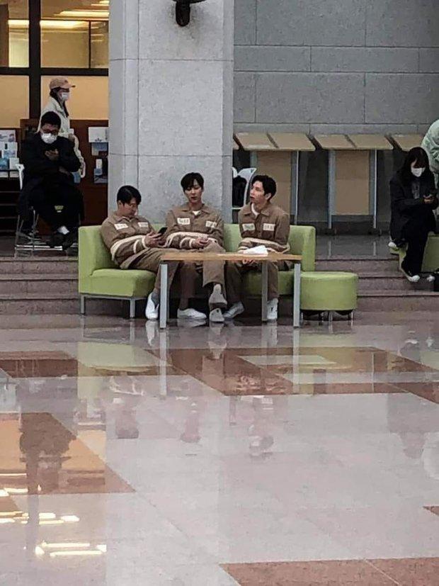 Netizen đồn nhau kết cục Penthouse 2: Ju Dan Tae tự tử, hội Hera lũ lượt ăn cơm tù? - Ảnh 1.