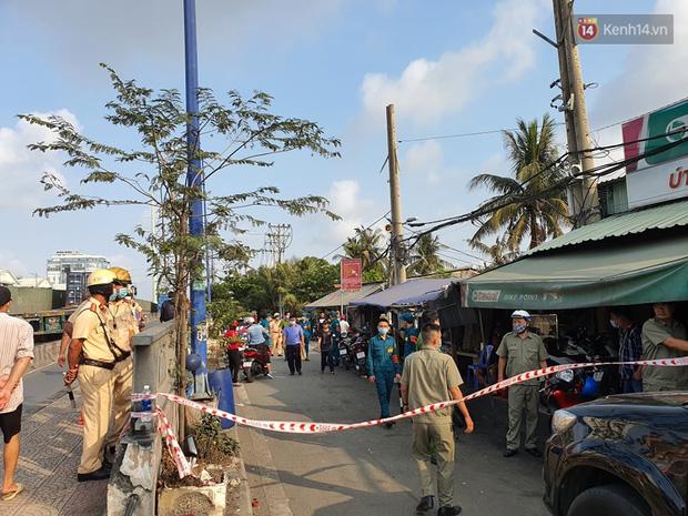Cháy nhà ở Sài Gòn khiến 6 người trong gia đình tử vong, người thân khóc ngất tại hiện trường - Ảnh 6.