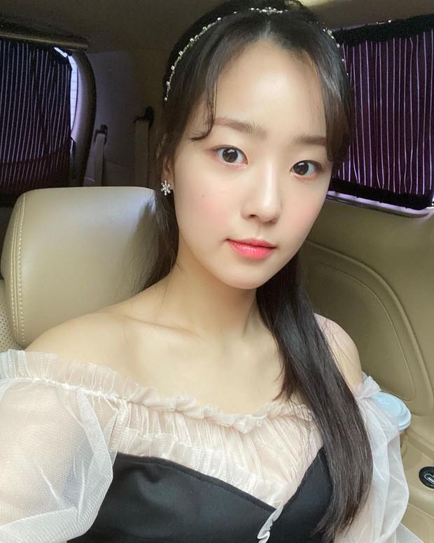 Body dàn rich kid Penthouse sau bộ đồng phục: Sao nhí Gia Đình Là Số 1 ngồn ngộn, Seok Hoon khiến chị em rớt liêm sỉ - Ảnh 22.