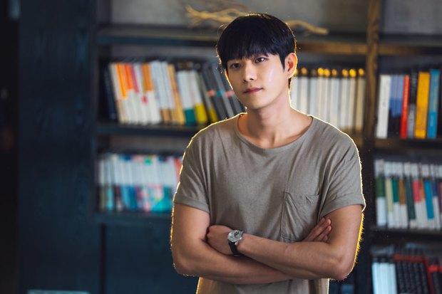 Body dàn rich kid Penthouse sau bộ đồng phục: Sao nhí Gia Đình Là Số 1 ngồn ngộn, Seok Hoon khiến chị em rớt liêm sỉ - Ảnh 28.