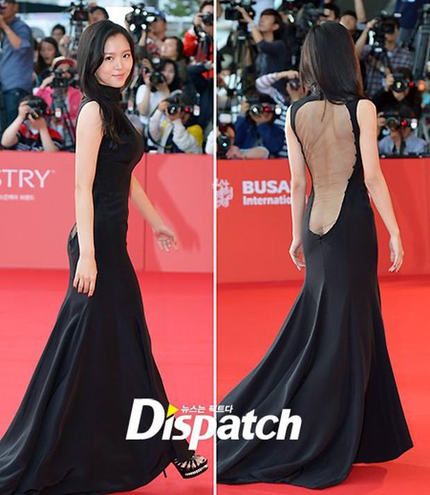 Màn hở bạo nhức mắt nhất Kbiz: Vòng 1 ác nữ Penthouse Kim So Yeon như nhảy ra ngoài, sao nữ vô danh cố tình vồ ếch khoe thân - Ảnh 9.