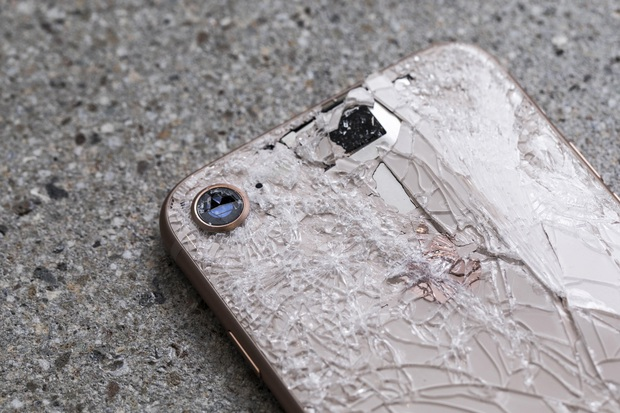 Apple bật đèn xanh cho các cửa hàng tại Việt Nam tự sửa chữa iPhone như chính hãng! - Ảnh 1.