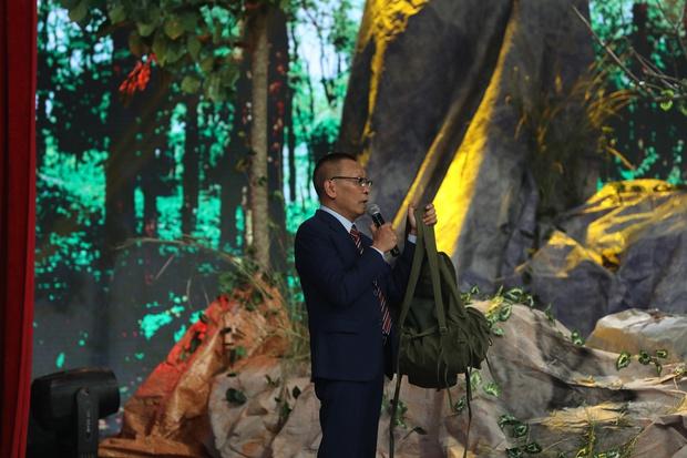Nghệ sĩ Tấn Hoàng nghẹn ngào: Chỉ sau 2 ngày, đồng đội tôi chết hết, nguyên tiểu đội - Ảnh 2.