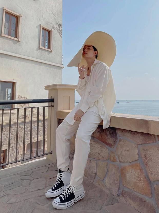 Muốn biết thế nào là du lịch có gu thì nhấn ngay nút theo dõi Instagram của Fashionisto này! - Ảnh 3.