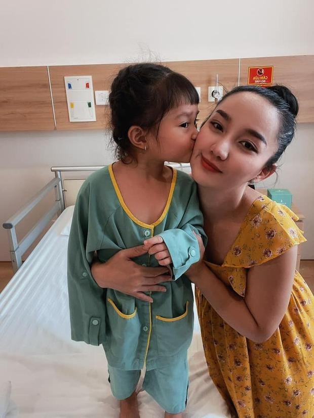 Con gái Lê Dương Bảo Lâm mới 3 tuổi đã phải thực hiện phẫu thuật, nguyên nhân khiến công chúng không khỏi thương xót - Ảnh 4.