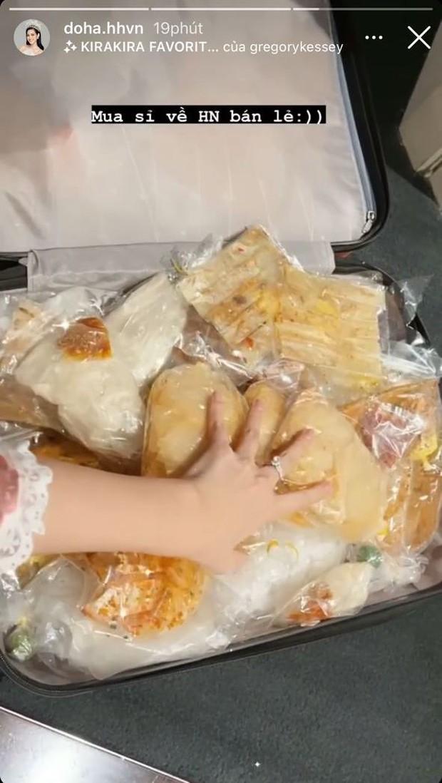 Có cô hoa hậu mê bánh tráng trộn tới nỗi nhét đầy cả vali lên máy bay, chỉ dám mang mỗi 1 bộ đồ để đi công tác? - Ảnh 3.