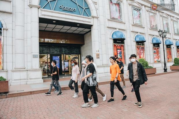 """Diamond Plaza - nơi các """"fashionista"""" tụ hội và chứa nhiều kỷ niệm của 8x, 9x đời đầu ở Sài Gòn hiện giờ ra sao? - Ảnh 3."""