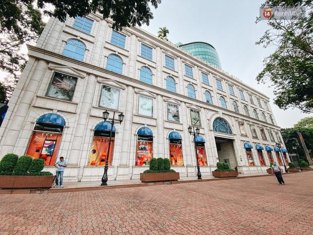 """Diamond Plaza - nơi các """"fashionista"""" tụ hội và chứa nhiều kỷ niệm của 8x, 9x đời đầu ở Sài Gòn hiện giờ ra sao? - Ảnh 2."""