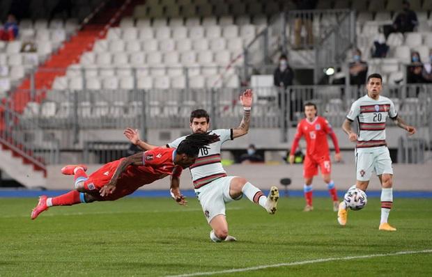 Ronaldo ghi bàn giúp Bồ Đào Nha ngược dòng hạ nhược tiểu Luxembourg - Ảnh 2.