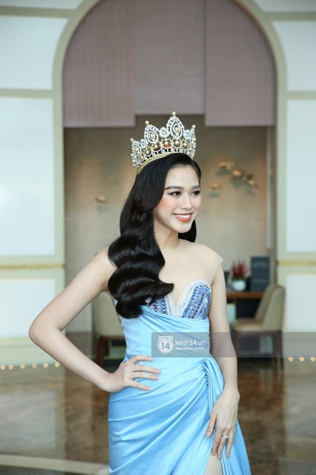 Bóc nhan sắc của dàn Hoa hậu tại Miss World Việt Nam qua camera thường: Tiểu Vy, Lương Thuỳ Linh vẫn xinh xắn, Cẩm Đan nhìn mà thấy tiếc! - Ảnh 6.
