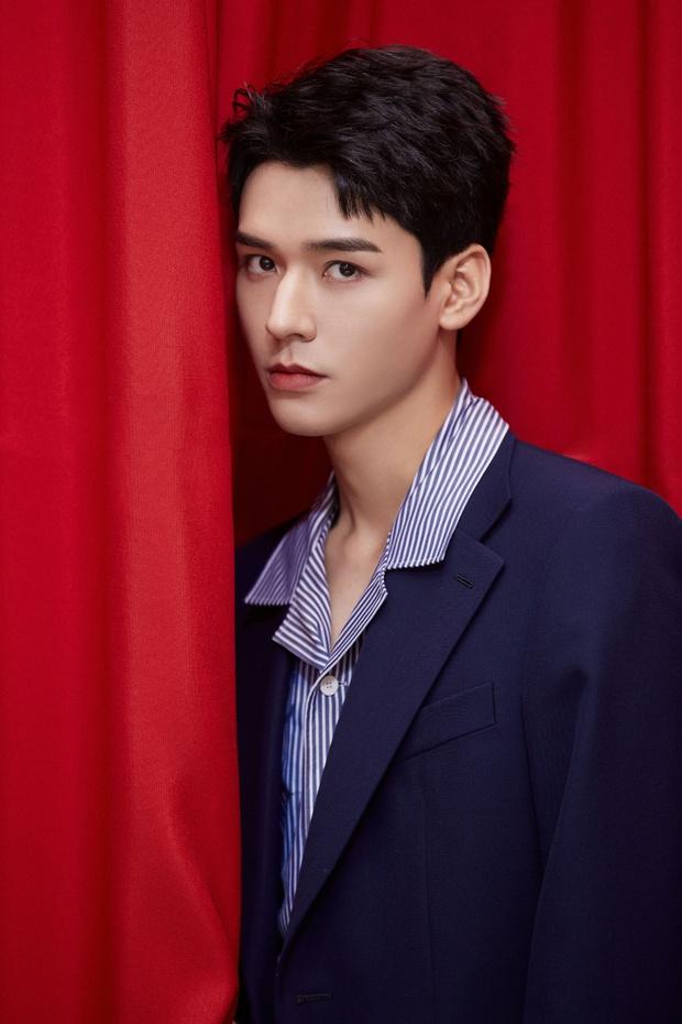 Ảnh chưa qua chỉnh sửa của mỹ nam Thiên Nhai Khách gây bão Weibo: Không tìm ra khuyết điểm, fan nữ ghen tị đỏ mắt - Ảnh 5.