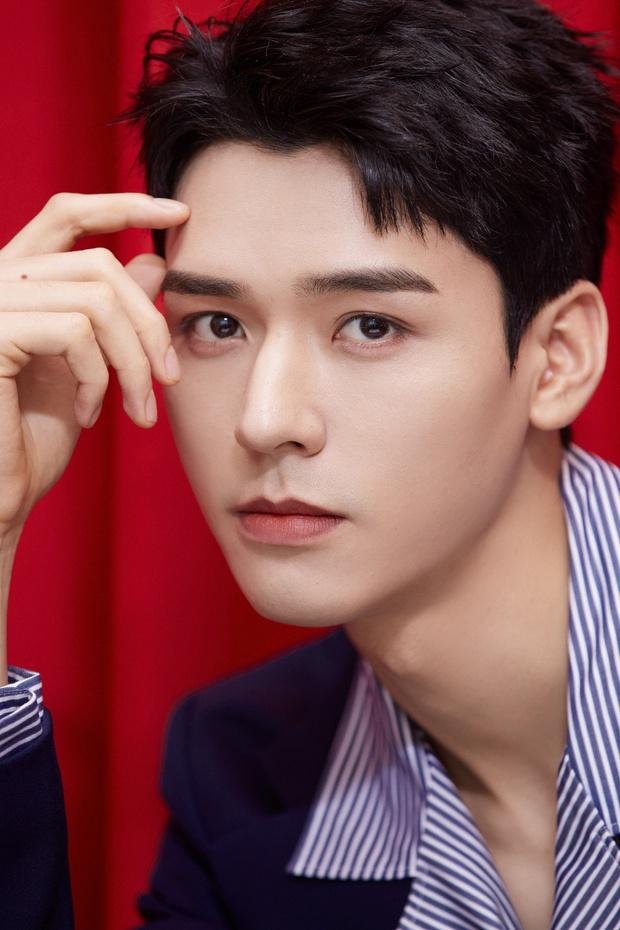 Ảnh chưa qua chỉnh sửa của mỹ nam Thiên Nhai Khách gây bão Weibo: Không tìm ra khuyết điểm, fan nữ ghen tị đỏ mắt - Ảnh 6.