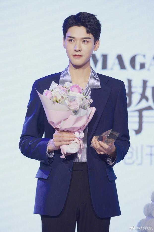 Ảnh chưa qua chỉnh sửa của mỹ nam Thiên Nhai Khách gây bão Weibo: Không tìm ra khuyết điểm, fan nữ ghen tị đỏ mắt - Ảnh 7.