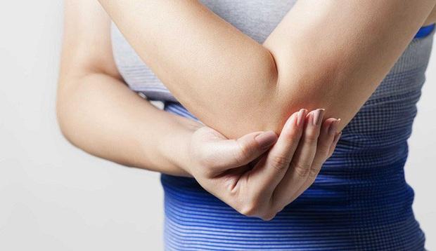 Trước khi bệnh tim xuất hiện, cơ thể sẽ có 5 dấu hiệu khác lạ mà bạn không nên chủ quan bỏ qua - Ảnh 3.