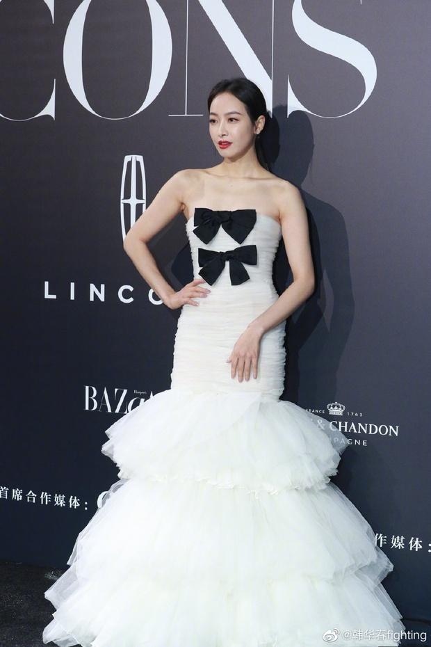 Thảm đỏ khủng Bazaar Icons: Angela Baby tuột dốc visual, Dương Tử gây thất vọng toàn tập vì chiếc váy rúm ró - Ảnh 10.