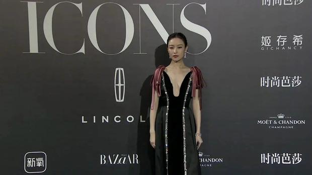 Ảnh không PTS của dàn người đẹp tại Bazaar Icons: Dương Tử lộ đầu to, Ming Xi tăng cân chóng mặt, chỉ có 1 người cân được tất - Ảnh 7.