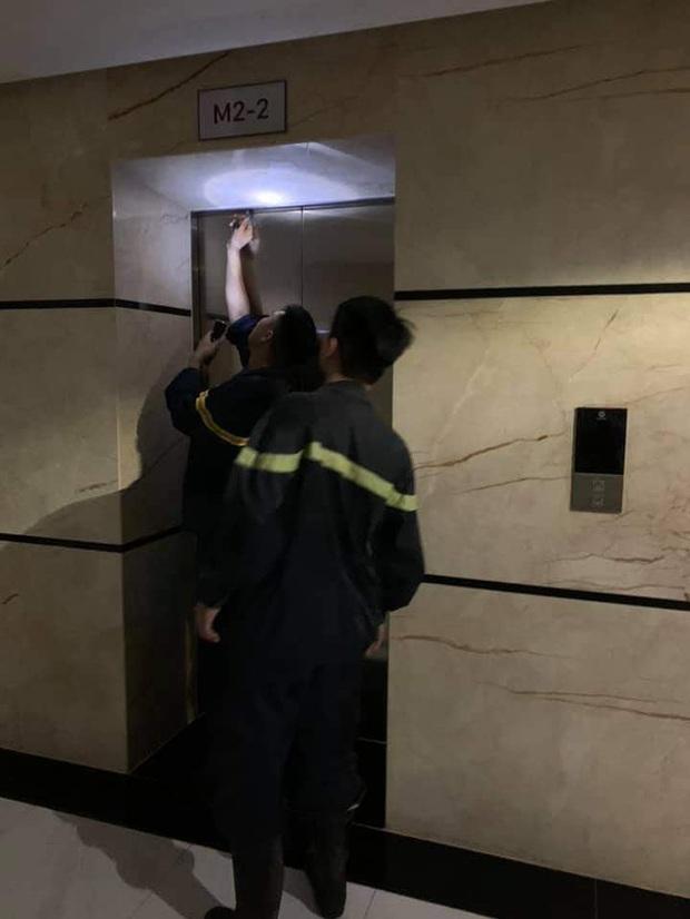 """Cư dân chung cư 6th Element: """"Lúc đó tôi nghĩ mình sẽ chết trong thang máy""""  - Ảnh 3."""